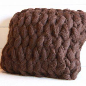 almofada em trico gigante